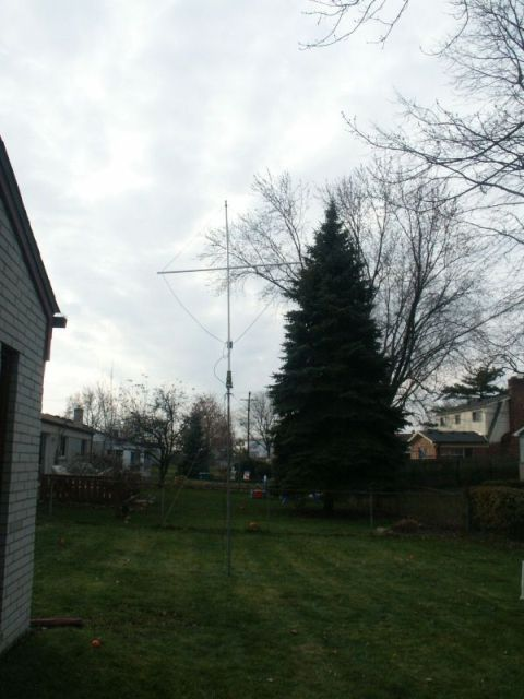 N8MR - A Loop for 160 Meters on a Small City Lot